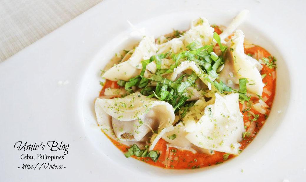 菲律賓宿霧DAY7|BOHOL 薄荷島,邦勞島餐廳推薦 Tarsier Paprika Restaurant 悠閒海景盡收眼底 :)