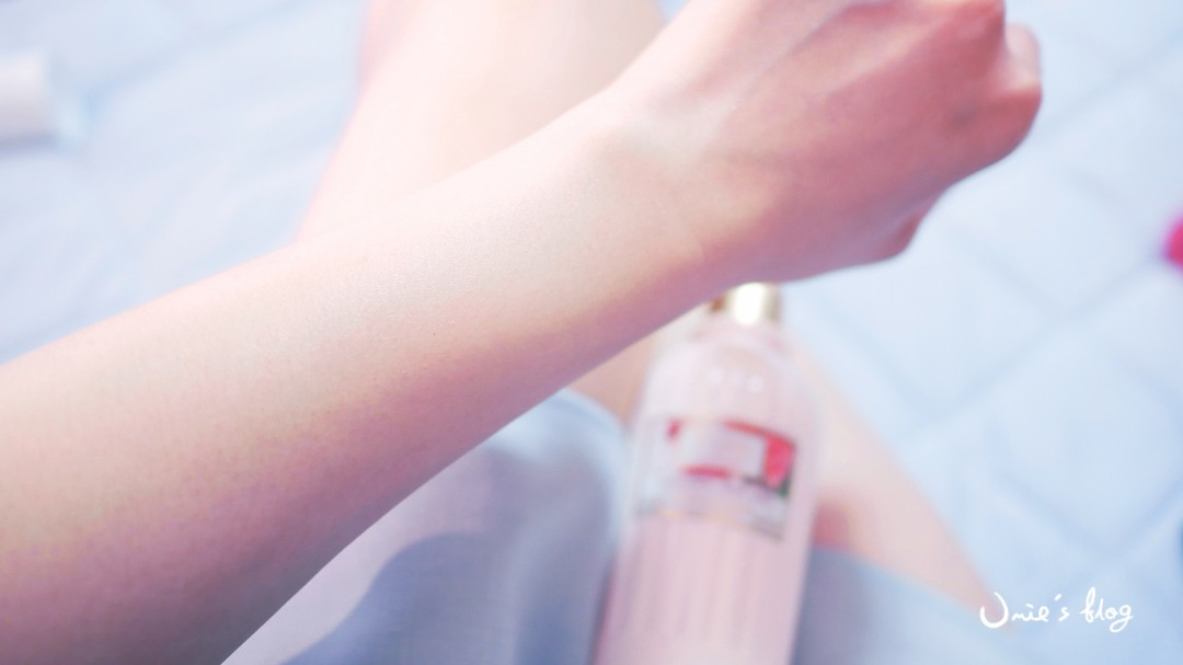 L'Occitane 歐舒丹限量誌愛玫瑰系列|誌愛玫瑰淡香水誌愛玫瑰沐浴膠誌愛玫瑰護手乳誌愛玫瑰護唇膏誌愛玫瑰美體乳,愛情綻放的模樣 :)