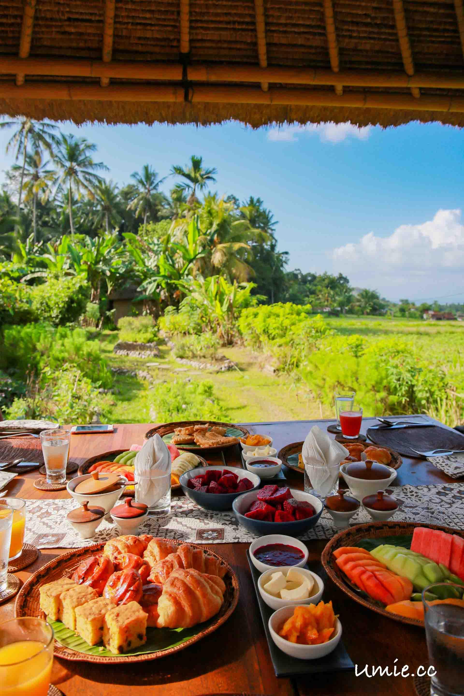 峇里島|巴里島行程推薦-阿里拉曼格斯渡假村Alila Manggis 迷人的大自然戶外早餐
