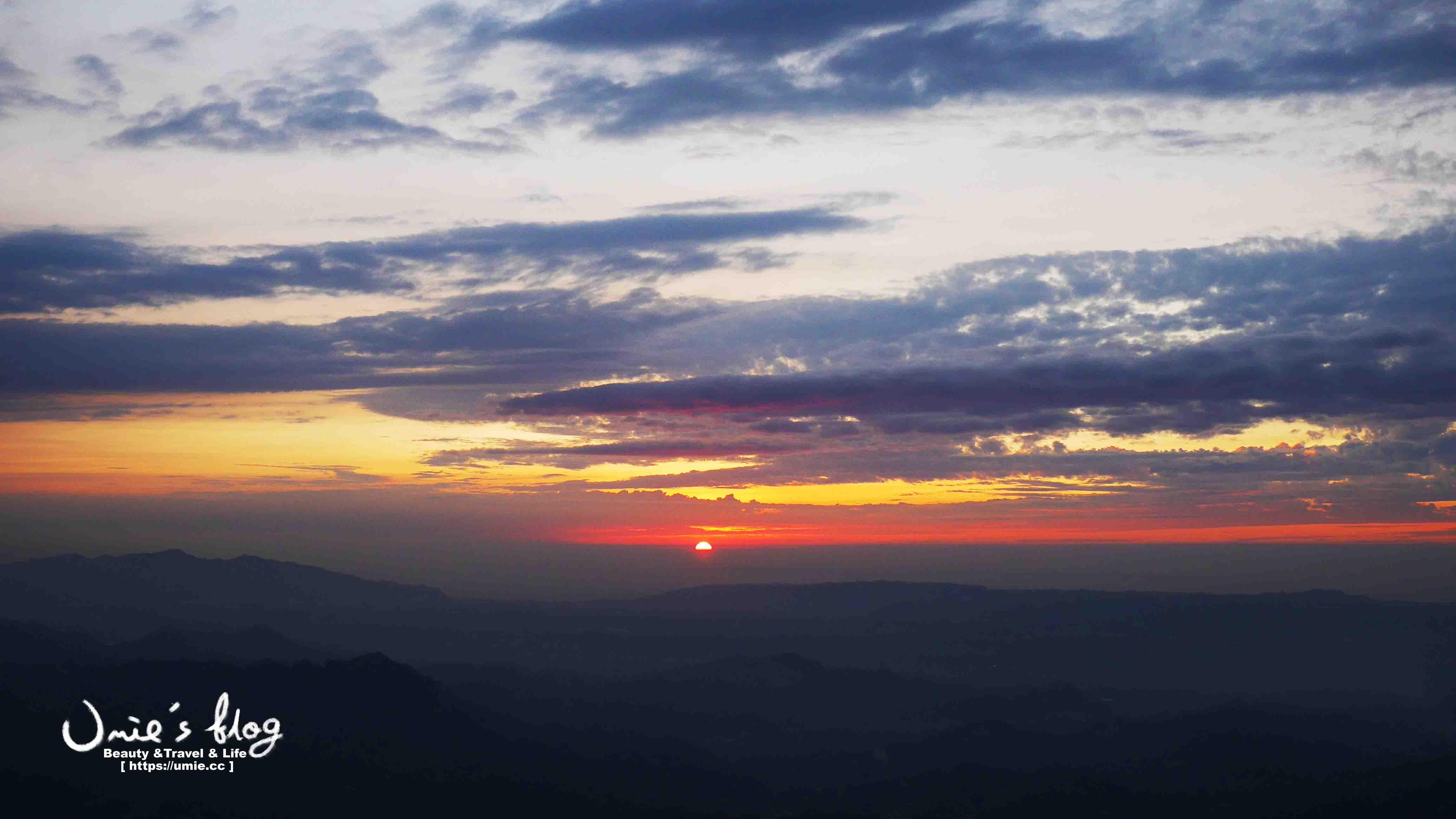 台中情侶約會推薦(和平區) -看日出雲海|日落夕陽|星光夜景,超迷人浪漫的若茵農場民宿!